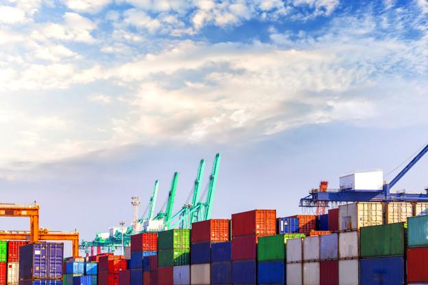 Poenostavljen uvoz robe iz tujine