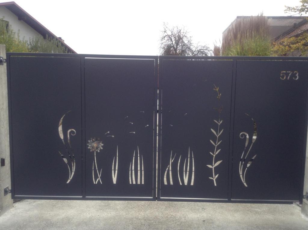 Zunanja drsna vrata so odlična zaščito dvorišča