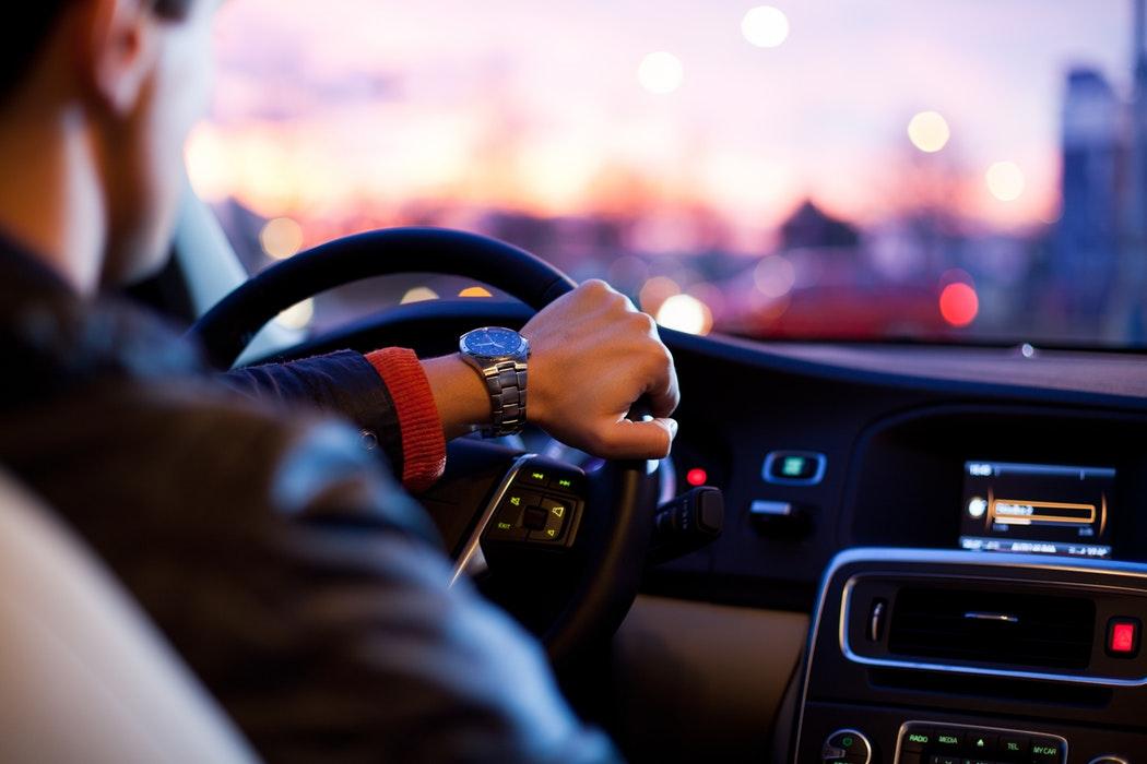 Dopolnilno izobraževanje – tečaj varne vožnje za mlade voznike