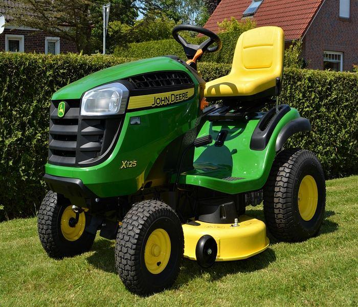 Kaj Vse Zmorejo Vrtni Traktorji
