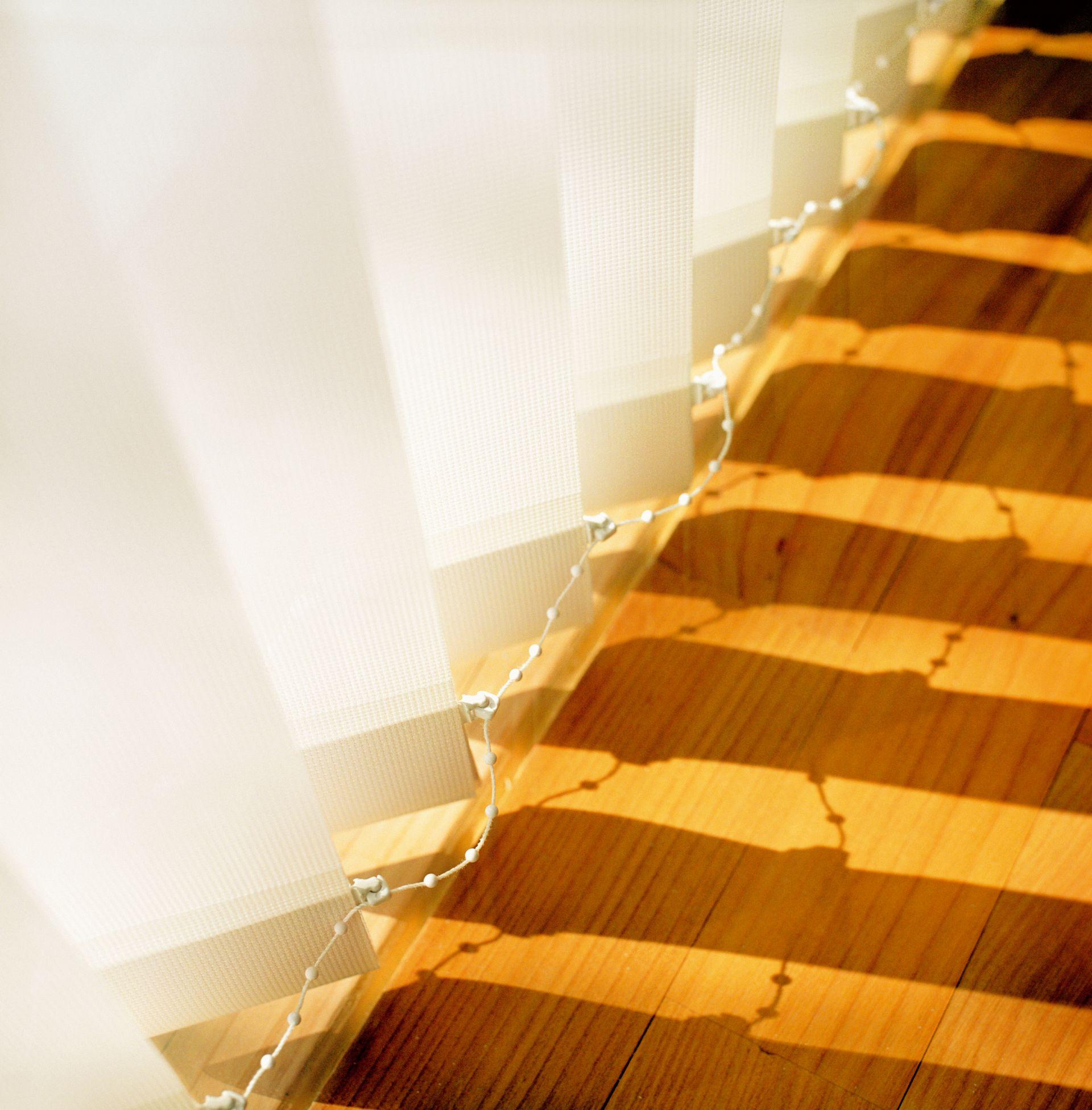 Lamelne zavese so lahko arhitekturni detajl prostora
