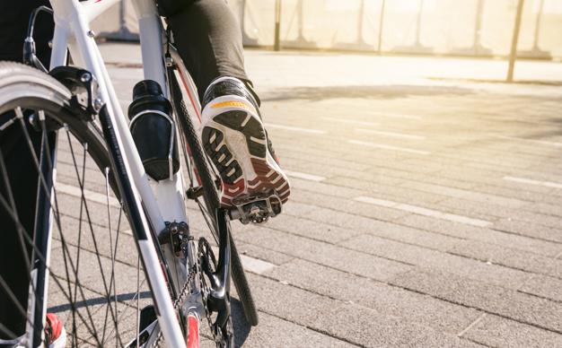Kolesarska oblačila za udobno kolesarjenje