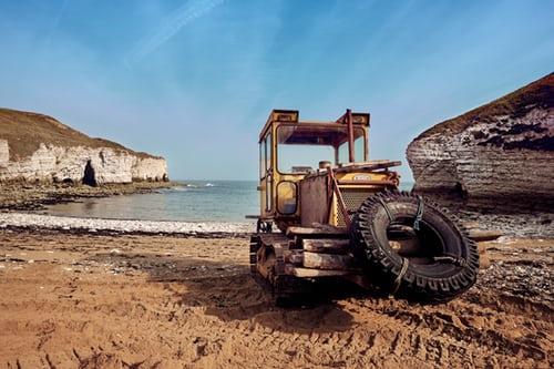 Rezervni deli za traktorje in traktorske priključke