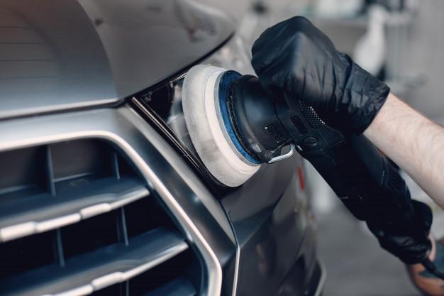 Avtokozmetika poskrbi za sijoč lesk našega avta
