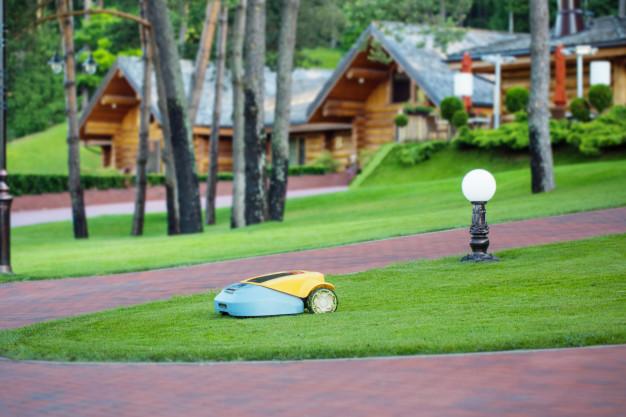 Robotske kosilnice za košnjo trave